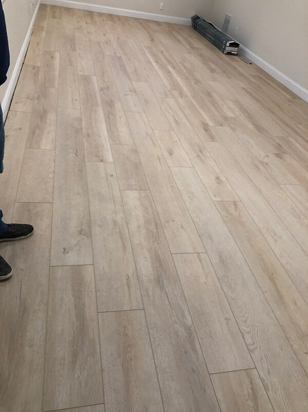 Laminate flooring in Manhattan, NY from White Plains Carpets, Floors & Blinds