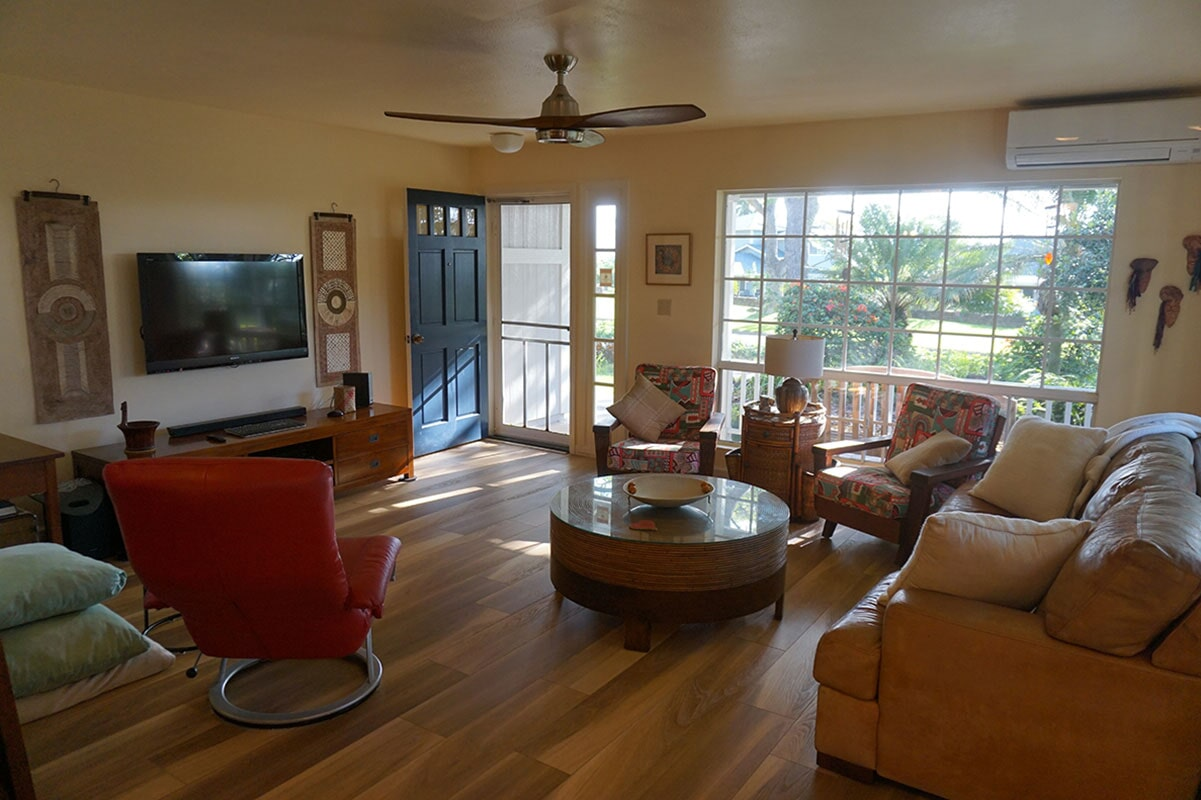 Pacifica: Khaki Oak luxury vinyl flooring in Honolulu, HI