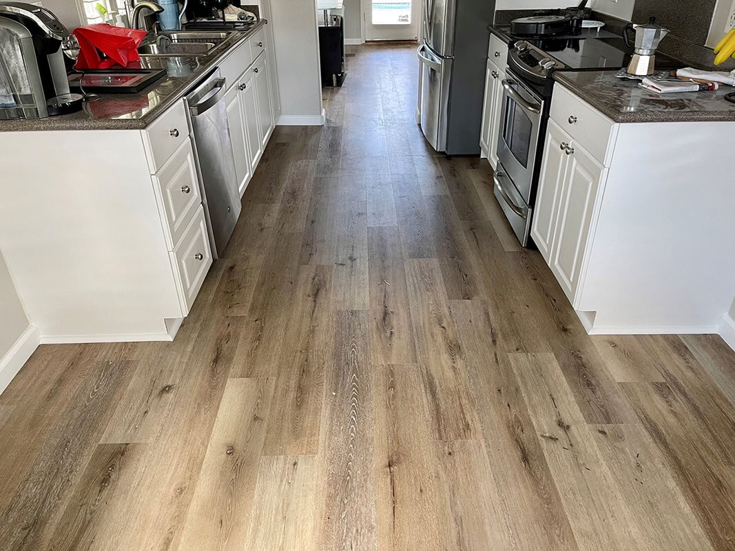 Builder's Choice: Aged Hickory kitchen flooring in Mililani, HI