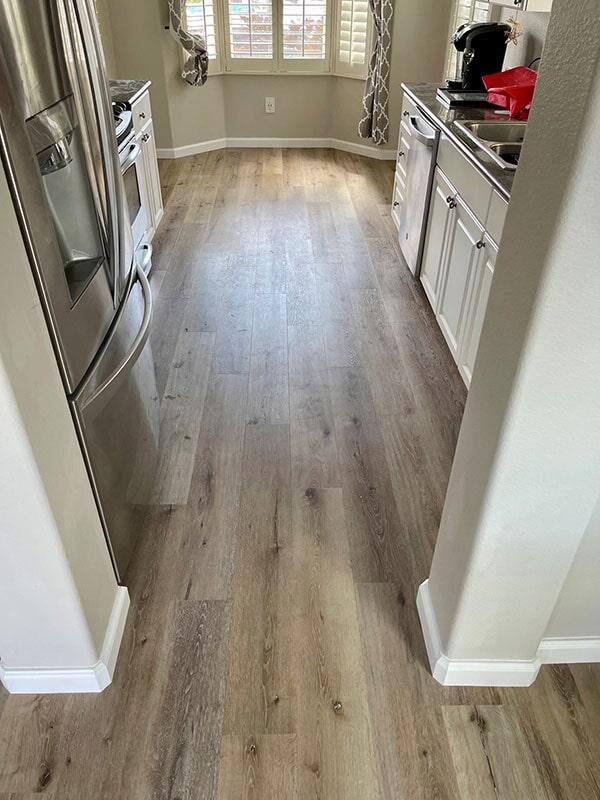 Builder's Choice: Aged Hickory vinyl flooring installation in Waipahu, HI