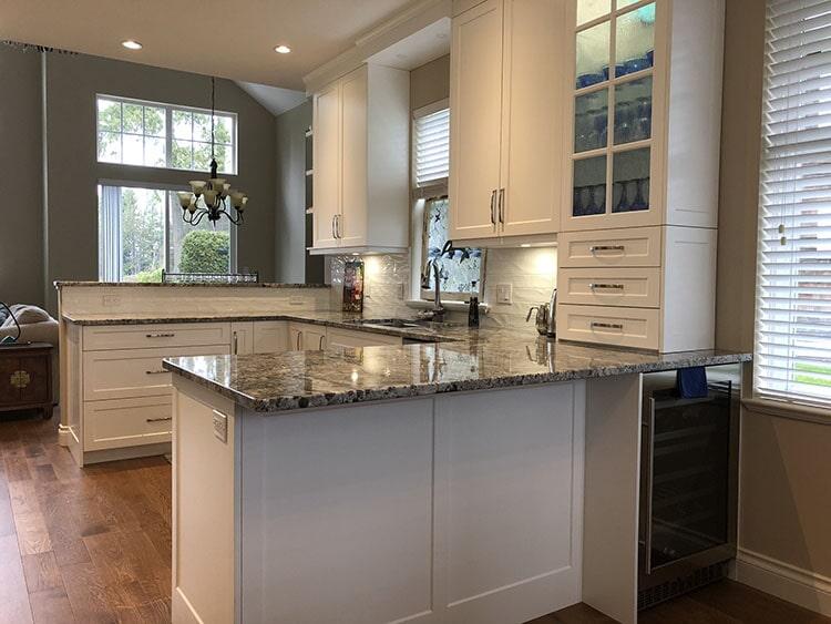 twin-oaks-woodworking-ltd-parksville-kitchen-cabinets-03