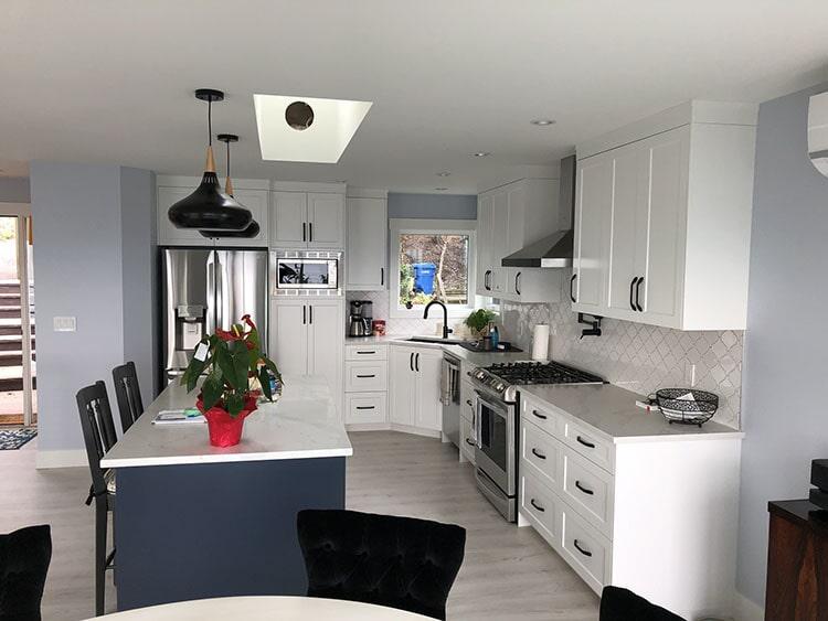 twin-oaks-woodworking-ltd-parksville-kitchen-cabinets-06