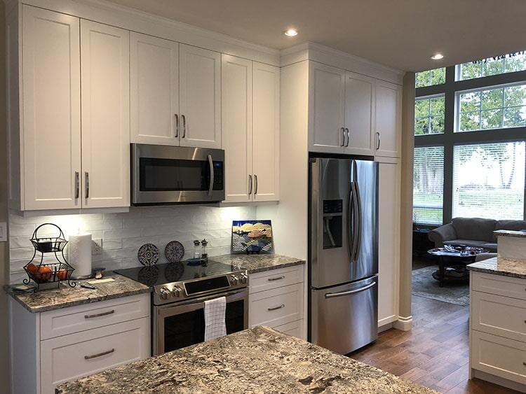twin-oaks-woodworking-ltd-parksville-kitchen-cabinets-07