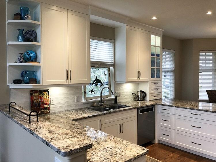 twin-oaks-woodworking-ltd-parksville-kitchen-cabinets-08