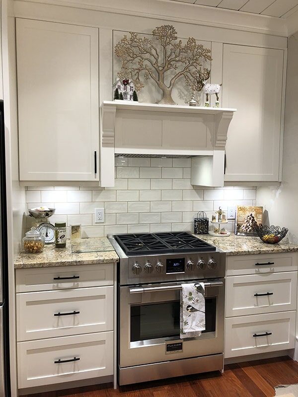 twin-oaks-woodworking-ltd-parksville-kitchen-cabinets-09