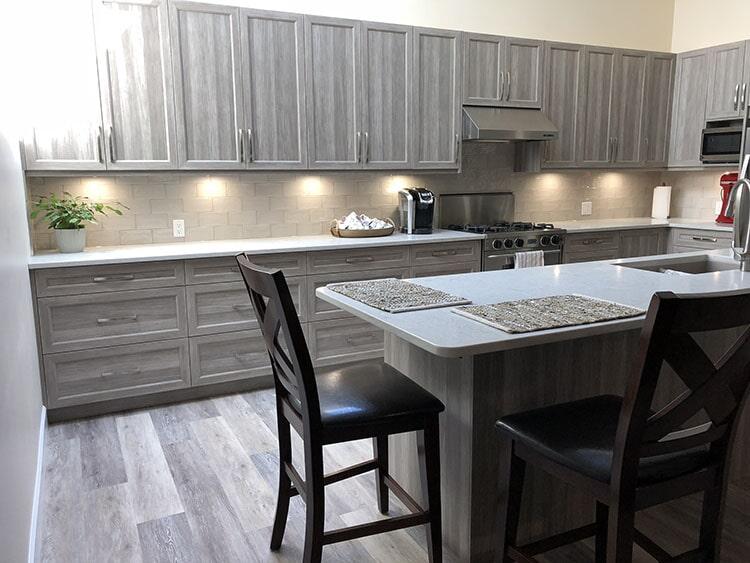twin-oaks-woodworking-ltd-parksville-kitchen-cabinets