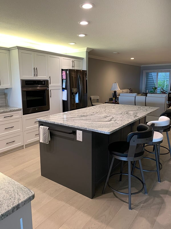 twin-oaks-woodworking-parksville-bc-cabinets-01