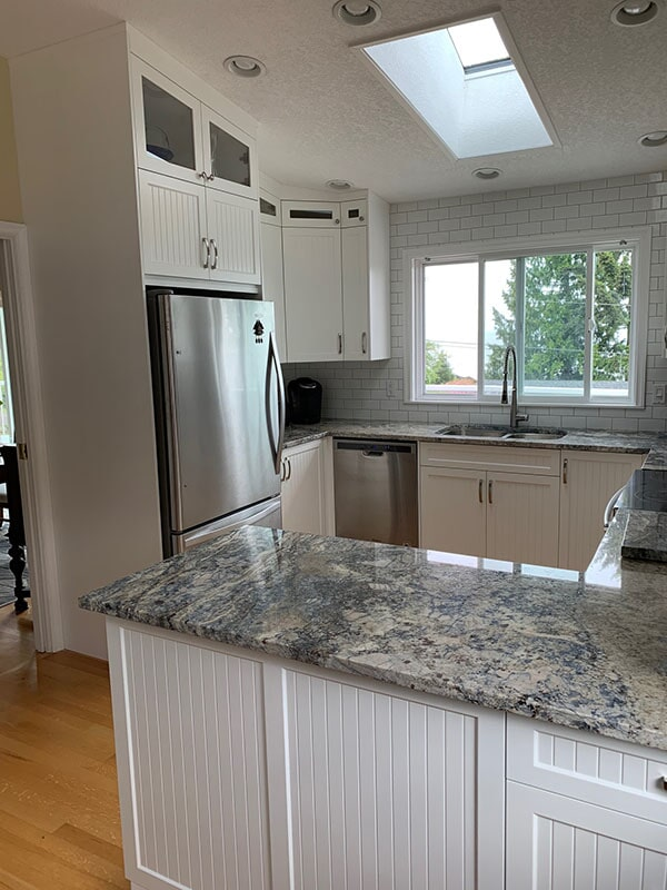 twin-oaks-woodworking-parksville-bc-cabinets-12