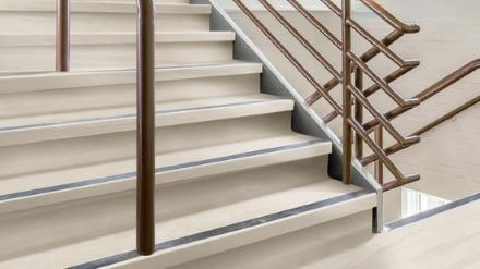 IN_HP_AngleFit_Rubber_StairTread