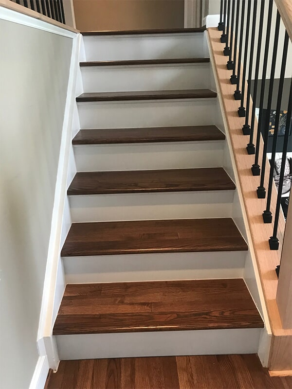 Hardwood stairs in Washington, DC from FLOORMAX