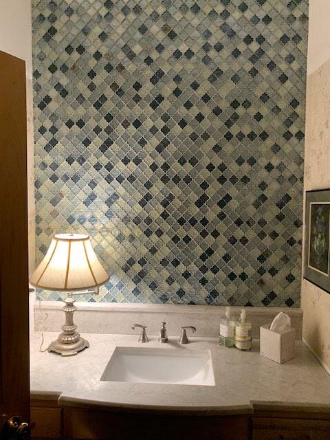 Bathroom backsplash in Osceola, IN from Comfort Flooring