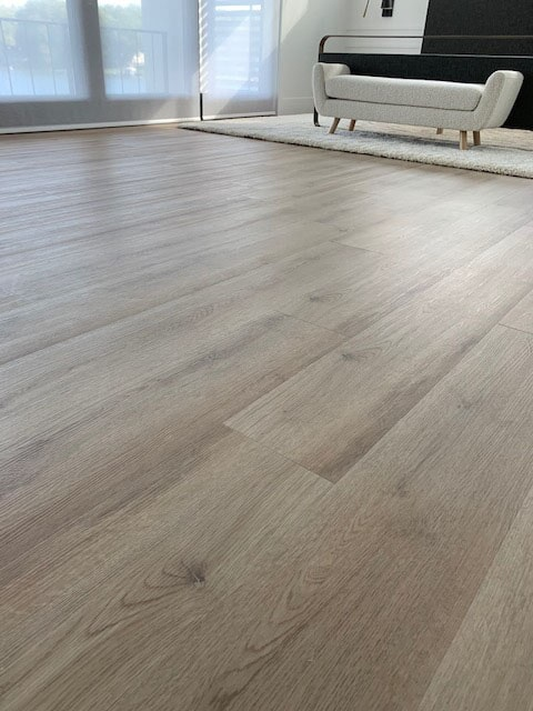 Vinyl plank flooring in Mishawaka, IN from Comfort Flooring
