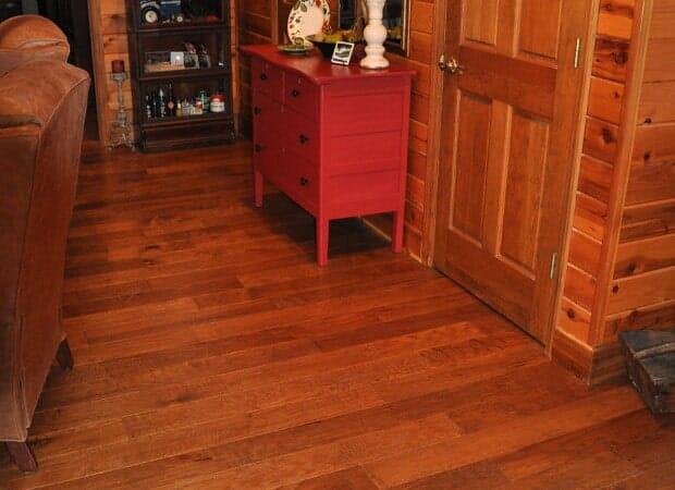 Narrow plank engineered hardwood in Boone, NC from Munday Hardwoods, Inc