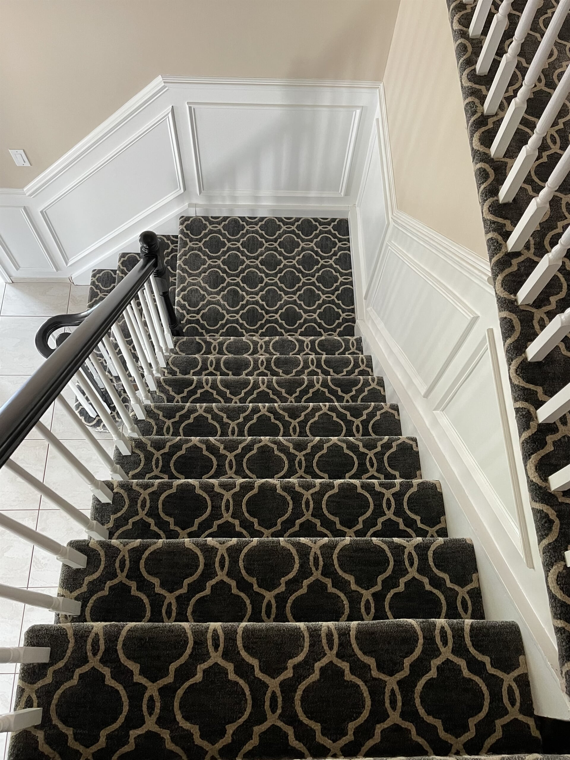 Carpet stairs in Morganville, NJ from Carpet Yard